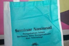 Tas Goody Bag bahan Furryng 75 gram