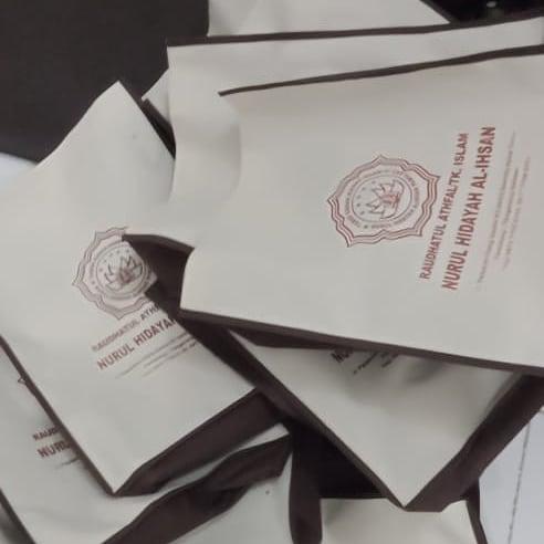 Cetak Goody Bag Souvenir